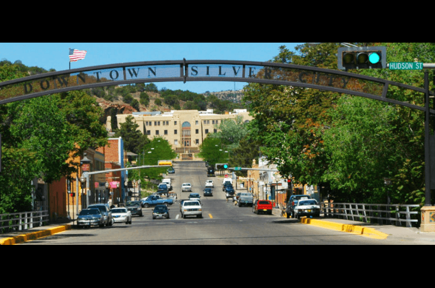Downtown Silver City New Mexico just 32 miles from New Mexico Cabin Rentals in Gila NM