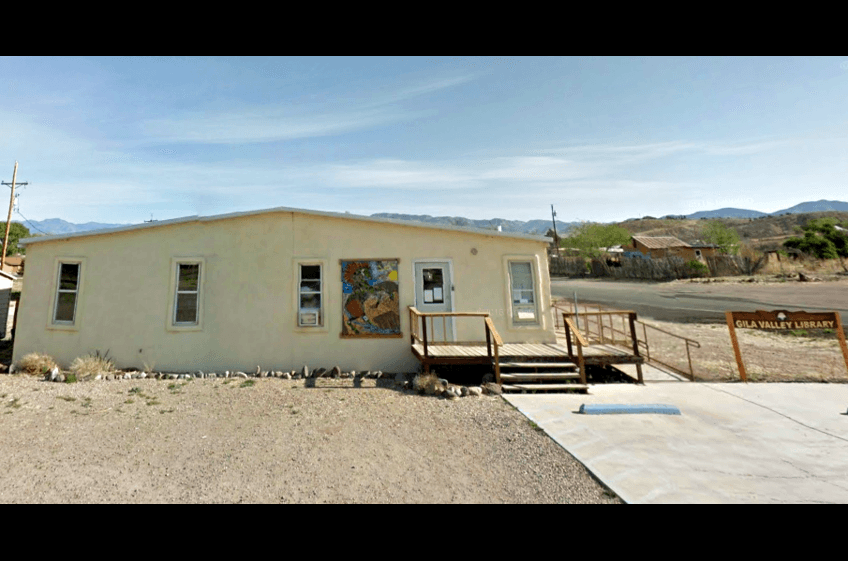 Located just 3 miles from New Mexico Cabin Rentals and Double E Ranch is the Gila Valley Library with over 3200 volumes to choose from, select DVD's, CD's  in Gila, New Mexico.