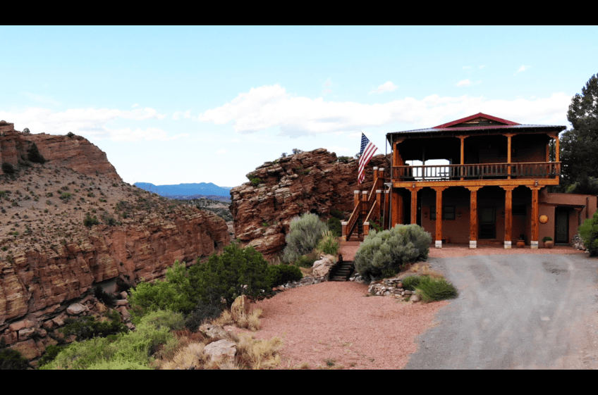 Stunning high desert views in every direction, Bear Creek Canyon Retreat at New Mexico Cabin Rentals.