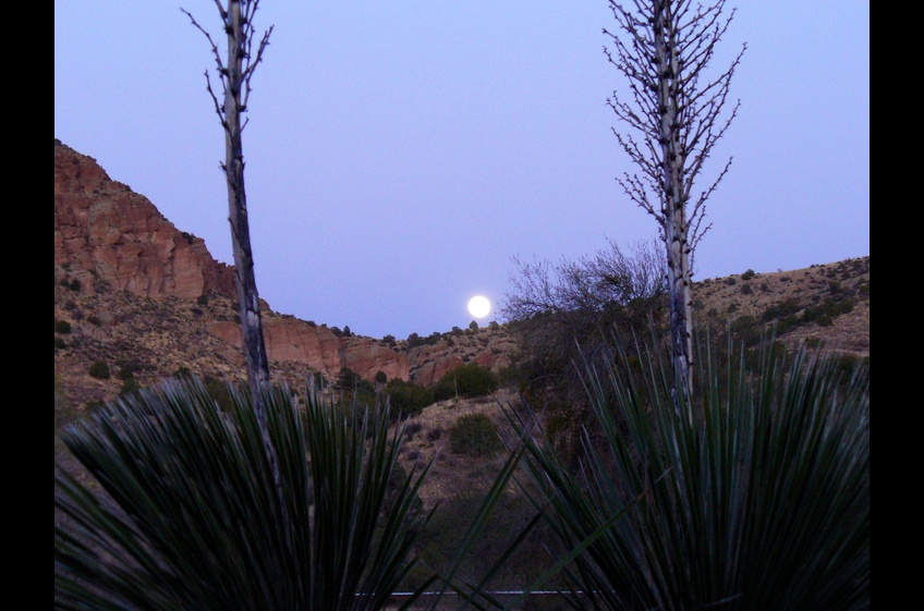 Full Moon Rising at New Mexico Cabin Rentals